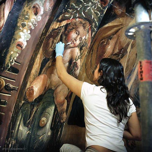 Trabajos de restauración de los frescos de la cúpula. Ester González Ortega (EGOARTE Restauración) by photoAlquimia